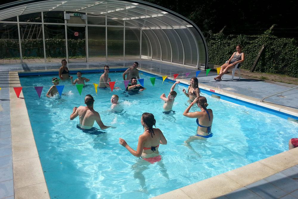 De Sprinkhaan : het zwembad